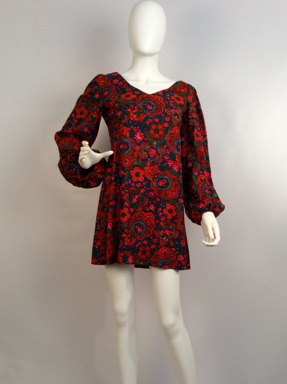 Vintage multi mini dress, long sleeved vintage min