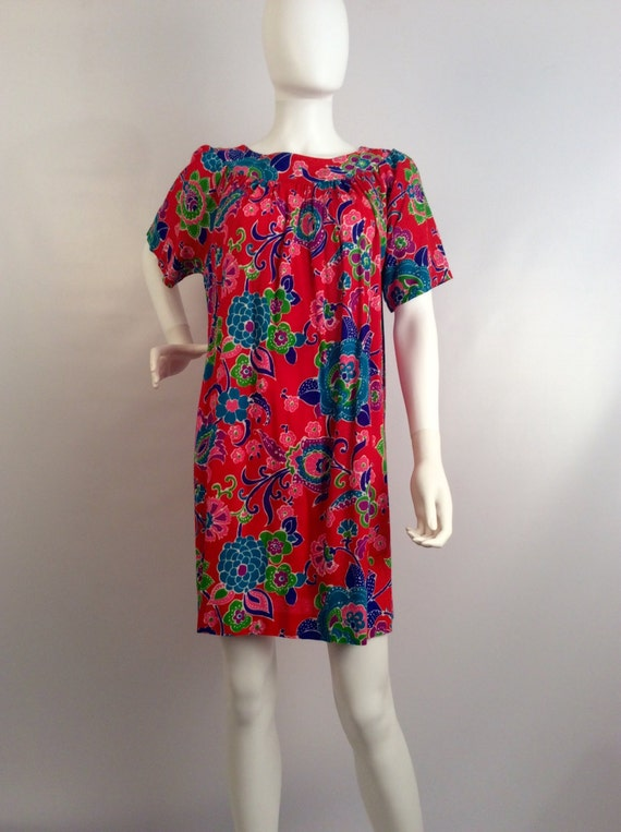 Vintage dress, red floral dress, floral beach cove