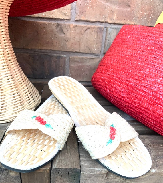 Summer Straw Hat, Purse, and Rice Straw Sandals S… - image 4