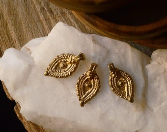 3 third eye charms, tribal round shaped solid brass charms. 18 mm. Lovely for macrame, wire, crafts, beading work.