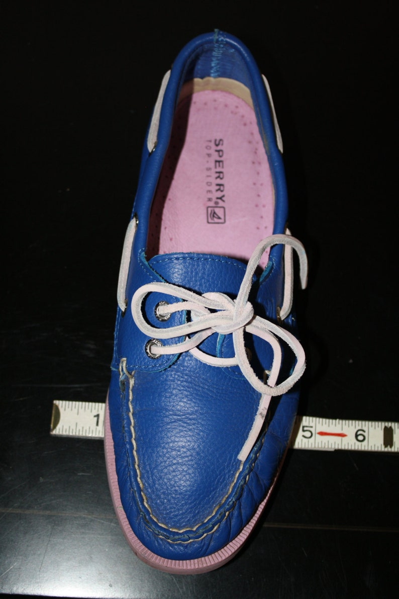 3e5164383d2ba Vintage Sperry Boat Loafers 7 Women's Cobalt Blue Pink Soles Preppy  Nautical Resort Vintage