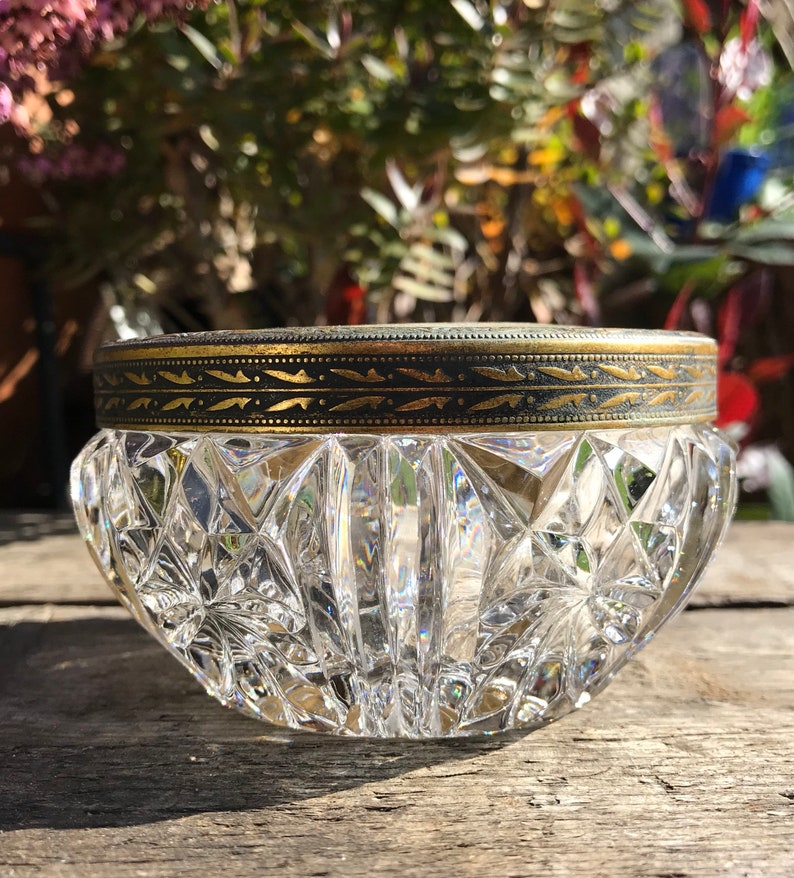 Clear Cut Crystal Glass Regent of London Powder Jar Brass Edge Circa 1940 Excellent Condition 4 x 2.25 Petit Point Embroidered Silk Lid