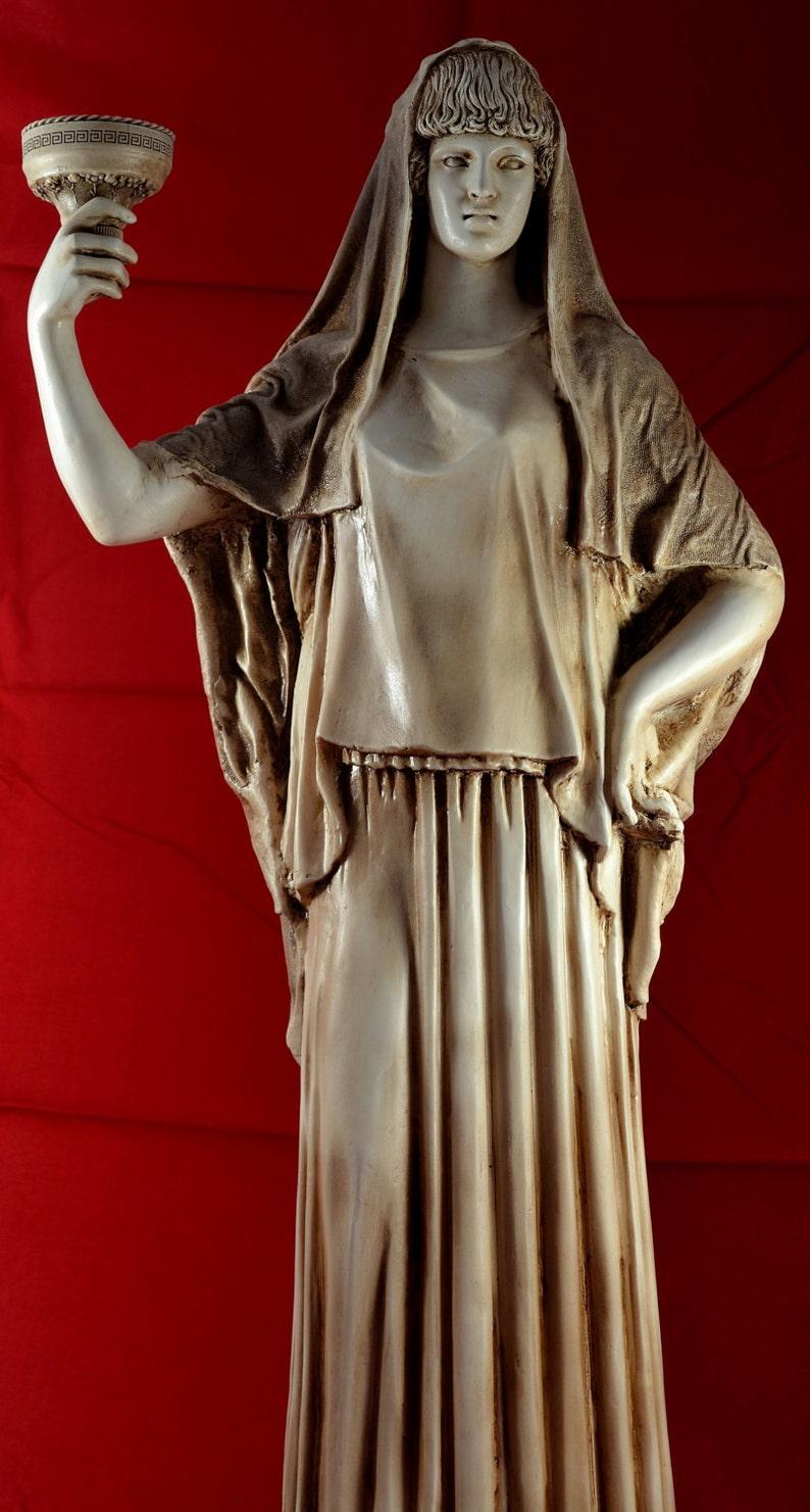 Hestia Guardian Deity of the House Family statue greek 25 ...