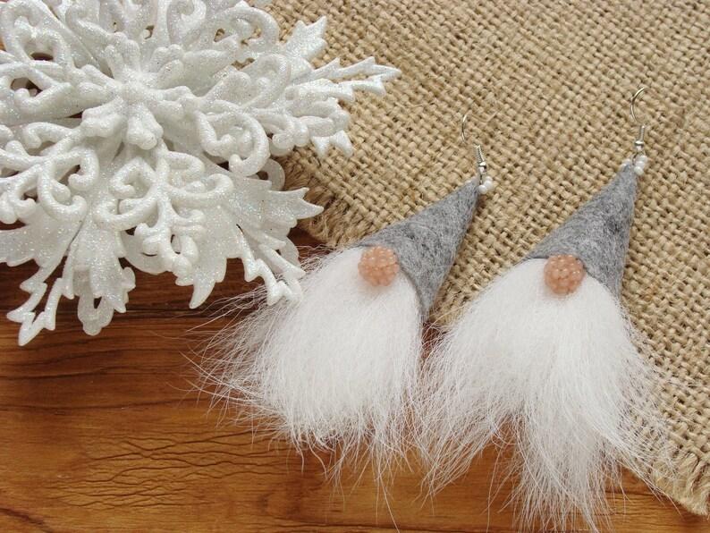 Weihnachten Ideen 2019.Filz Gnome Spaß Weihnachten Ideen 2019 Strumpf Füllstoffe Weihnachtsohrringe Gnome Schmuck Weißes Fell Ohrringe Gnome Fell