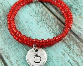 Apple bracelet, beaded bracelet, memory wire bracelet, teacher bracelet, gift for teacher, Christmas gift for teacher, under 20
