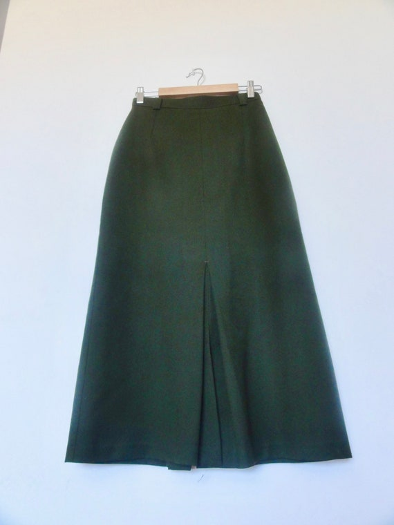 Vintage gold tone olive green creased maxi skirt