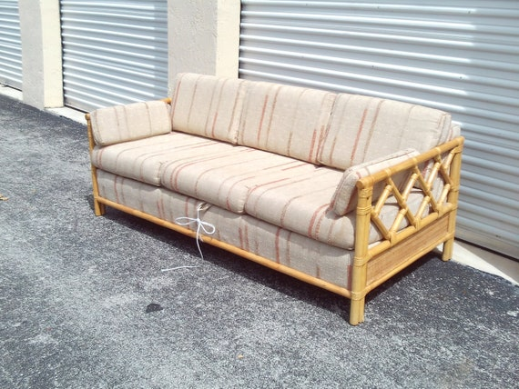 Amazing Vintage Mid Century Chinese Chippendale Tweed Pull Out Couch Caraccident5 Cool Chair Designs And Ideas Caraccident5Info