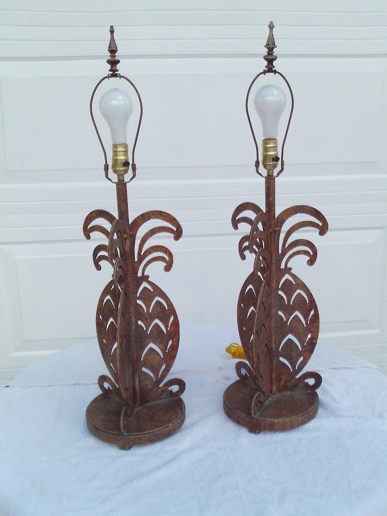 Pair Of Vinatge EXCELSIOR Stamped Metal Pineapple Table Lamps W  3 Way Switch