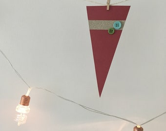 Small Bunting Red Buttons