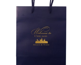 Personalized Wedding Weekend Bags, Custom Gift Bags, Chicago Guest Bags, Destination Wedding, Welcome Hotel Bags, Chicago, Gold Foil 125