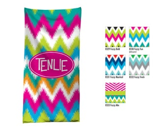 Personalized Beach Towel / Custom Pool Towel / Personalized Beach Towel / Monogrammed Beach Towel / Custom Monogram Hostess Gift / Palm Tree