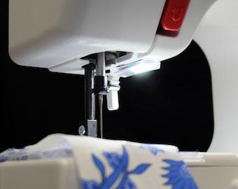 M120 Machine™ Quad-Bright Touch Light