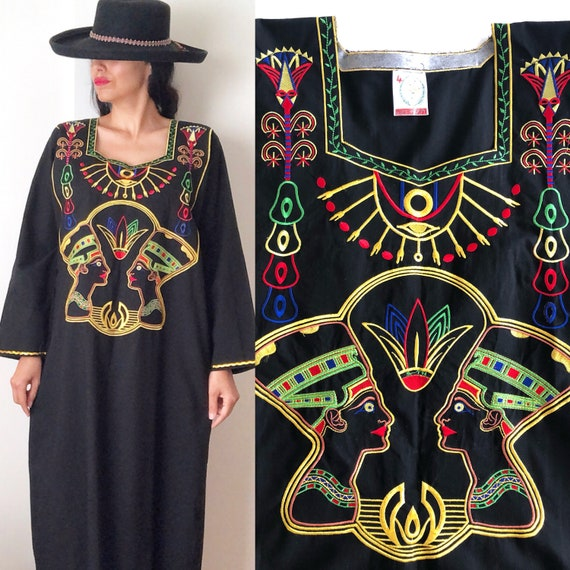 Vintage Egyptian Kaftan Dress / Ethnic Embroidered