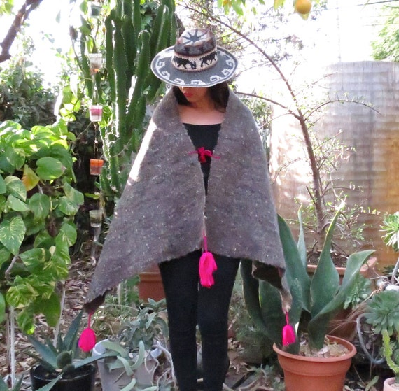 Mexican Wool Shawl / Mexican Wool Capelet / Mexica
