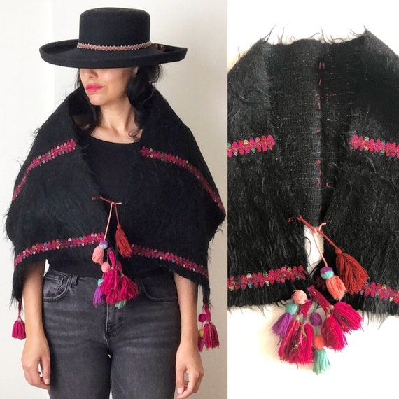 Vintage Mexican Shaggy Wool Capelet / Mexican Shaw