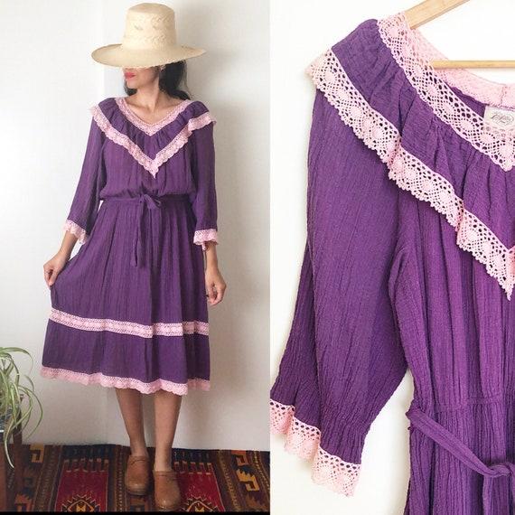Vintage 70's Gauzy Prairie Folk Dress / Boho Midi