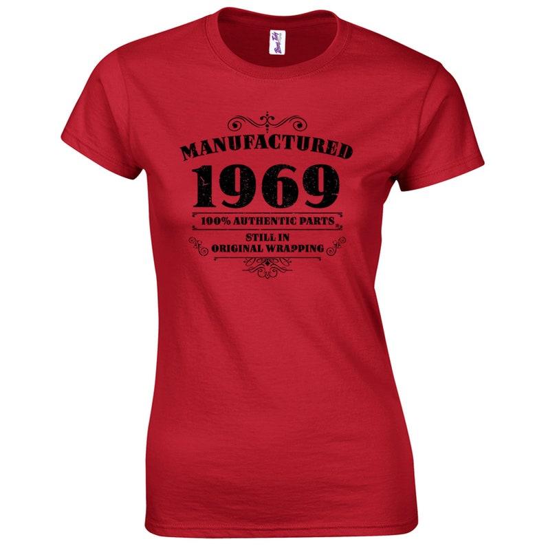 c2a2ff5b79655 T-Shirt 50 compleanno donna prodotte 1969 compleanno regali