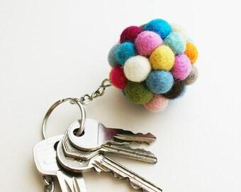 Schlüsselanhänger Filzball / Accessoires, bunte Filzbälle, Perlen, Kugeln, Filz, filzen, Weihnachtsgeschenk, Anhänger, Handmade Anhänger