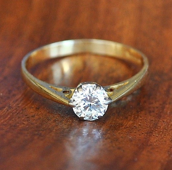 UK Hallmarked 9ct Yellow Gold 0.50ct Solitaire Engagement Ring size J