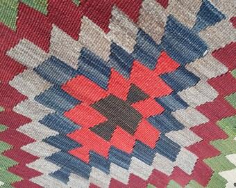 Diamant modèle Bohème Kilim tapis, tapis petit Vintage turque Oushak Kelim des couleurs vives, Boho Tribal excentrique tapis 2'9 '' X 4'3 '' / 84x130cm