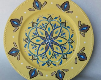 Decorative plate, painted plate, hand painted wall plate, decoration platter, yellow plate, dining room decor, decorative platter
