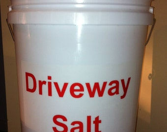 Driveway Salt Bucket