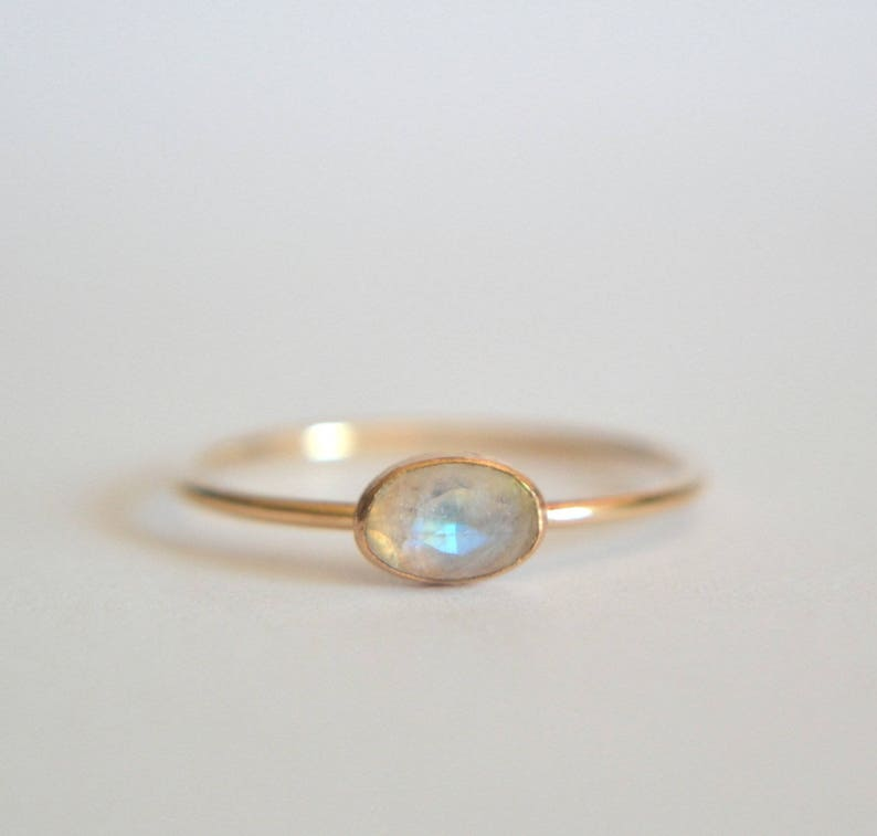 b69ea59959748 Gold Oval Moonstone Ring, Rainbow Moonstone Oval Ring, Oval Moonstone Ring  Gold, Oval Moonstone Gold Ring, Engagement Moonstone Ring