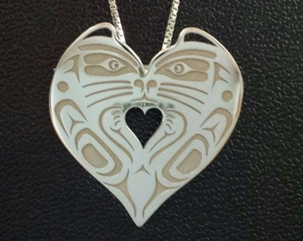 Cat heart pendant - Northwest Coast Kwakiutl