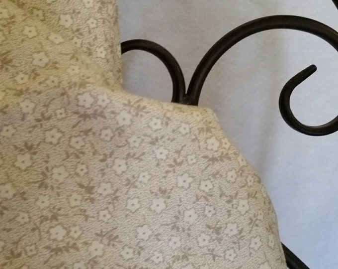 Free Shipping 100 Percent Quilting Cotton Dainty White and Eggshell Flowers on a  White Background Sewing, Crafting, Quilting Fabric