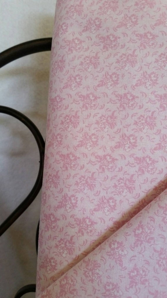 Free Shipping Quilting Fabric, 100 Percent Cotton Pink Flowers on White Background