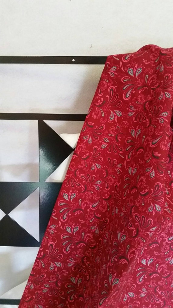 Free Shipping 100 Percent Cotton Dark Red By the Yard Quilting Fabric