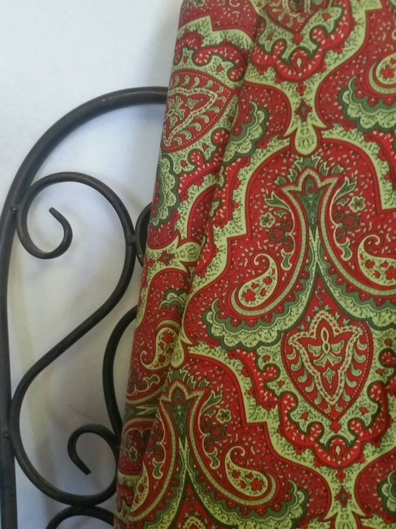 Free Shipping Quilting Fabric, 100 Percent Cotton Crimson & Holly by Wilmington Prints in Red and Green for Christmas Crafting