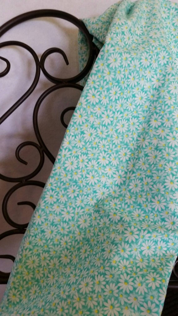 Free Shipping Quilting Fabric, 100 Percent Cotton Sea Mist Green with Yellow Centers