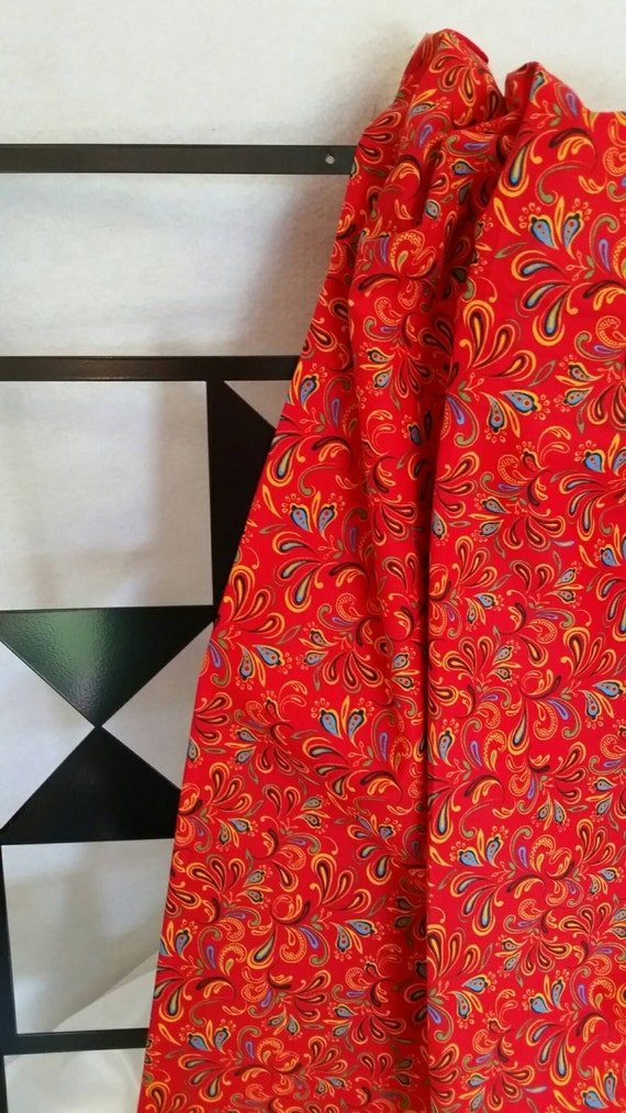 Free Shipping By the Yard Bright Red Background Quilting Fabric 100 Percent Cotton, Sewing, Crafting, Quilting Fabric
