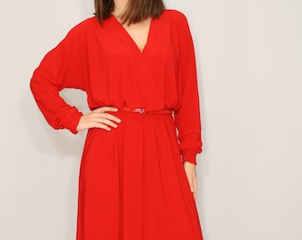 Red maxi dress Batwing dress with long sleeves Loose fit dress Bright red long dress