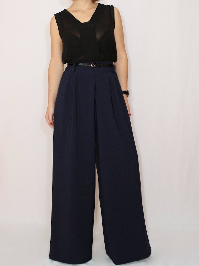 1930s Wide Leg Pants and Beach Pajamas     Navy blue wide leg pants with pockets $65.00 AT vintagedancer.com