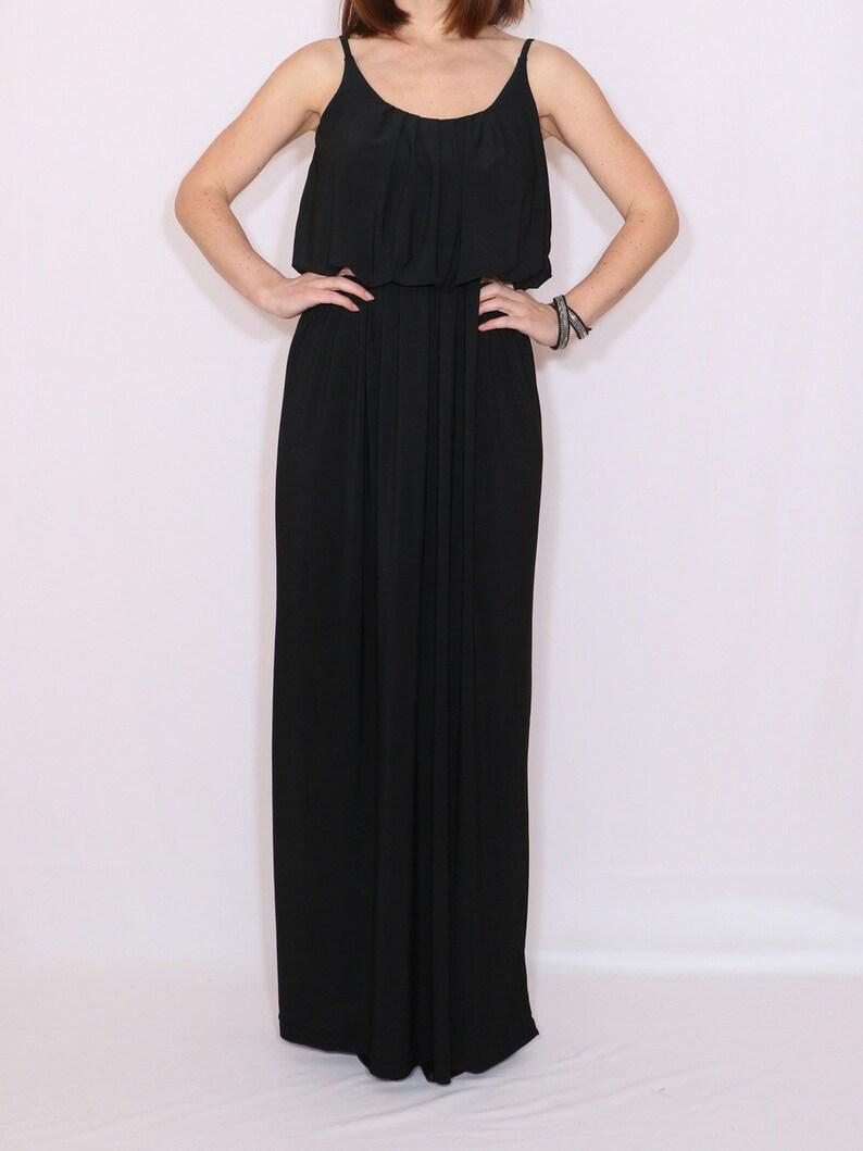 Schwarzes Brautjungfer Kleid Lange schwarze Kleid Maxi Kleid Custom gemacht  Kleidung