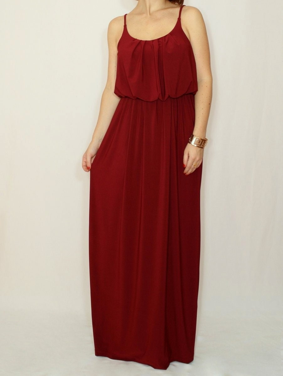 robe de demoiselle dhonneur robe bordeaux vin rouge long. Black Bedroom Furniture Sets. Home Design Ideas