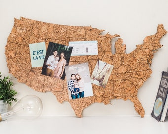 Travel Map US - Made of Cork / Engraved US Map / Gift for Travel Lover / Adventure Lover Decor