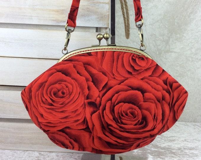 Red Roses purse bag frame handbag fabric clutch shoulder bag frame purse kiss clasp bag Handmade