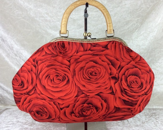 Frame handbag purse bag Red Roses shoulder kiss clasp fabric handmade wooden handle flowers