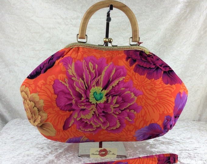 Peony Fabric purse bag frame handbag fabric handbag shoulder bag frame purse kiss clasp Handmade Kaffe Fassett Philip Jacobs Brocade Peony