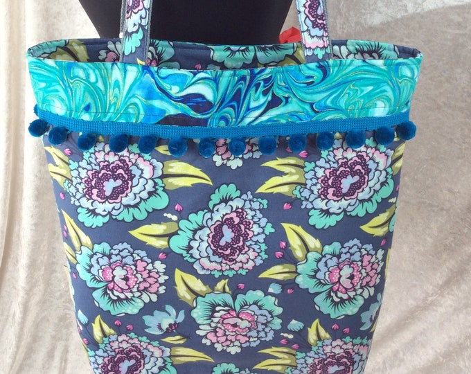 Flowers beach tote shoulder bag shopping shopper day bag purse Pom Pom zipper Handmade