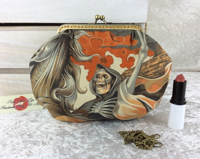 Gothic Skulls small frame handbag purse bag fabric clutch shoulder bag frame purse kiss clasp bag Handmade Alexander Henry Heart of Darkness