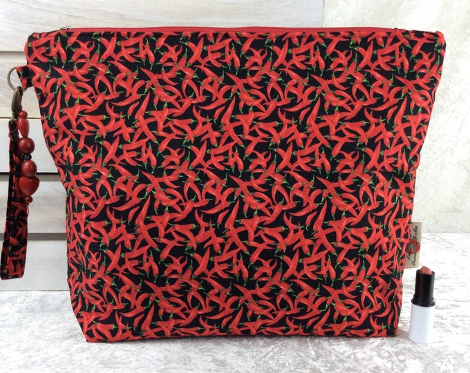 Chillis Giant Zipper Case Zip Pouch Bag Purse fabric Strap Pencil Makeup Chilli Peppers
