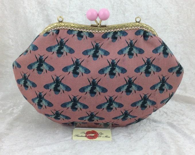 Bees purse bag frame handbag fabric clutch shoulder bag frame purse kiss clasp bag Handmade