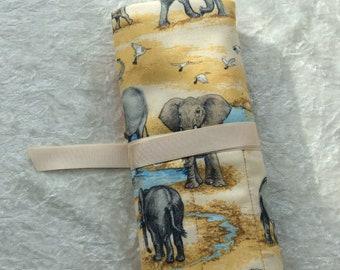 Elephants Makeup Pen Pencil Roll Crochet Knitting needles tool organiser Make up holder case wrap