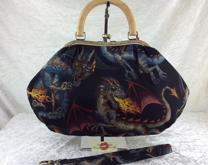 Dragons Fabric purse bag frame handbag fabric handbag shoulder bag frame purse kiss clasp bag Handmade Alexander Henry Tale of the Dragon