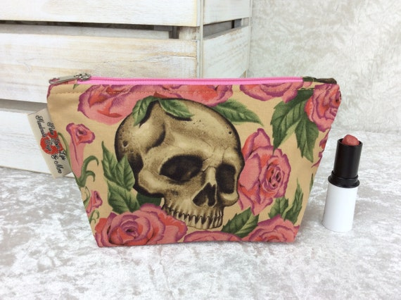Zip case Gothic Skulls Roses zipper pouch purse pencil makeup bag fabric handmade Alexander Henry Resting iIn Roses
