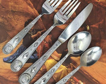 5 Wallace Taos Stainless 5 piece Place Settings